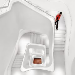 White Stairs – FOTO DESTACADA