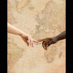 """""""Un Mundo, 5 continentes"""""""