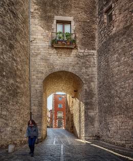Paseando por las Murallas de Girona